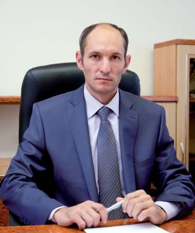 Азат Гумерович за работой